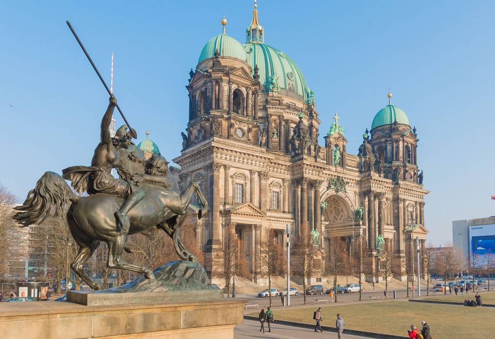 Βερολίνο: 70 ασυνόδευτα από τα ελληνικά νησιά