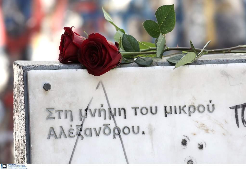 Γρηγορόπουλος – Σε «καραντίνα» Αθήνα & Θεσσαλονίκη