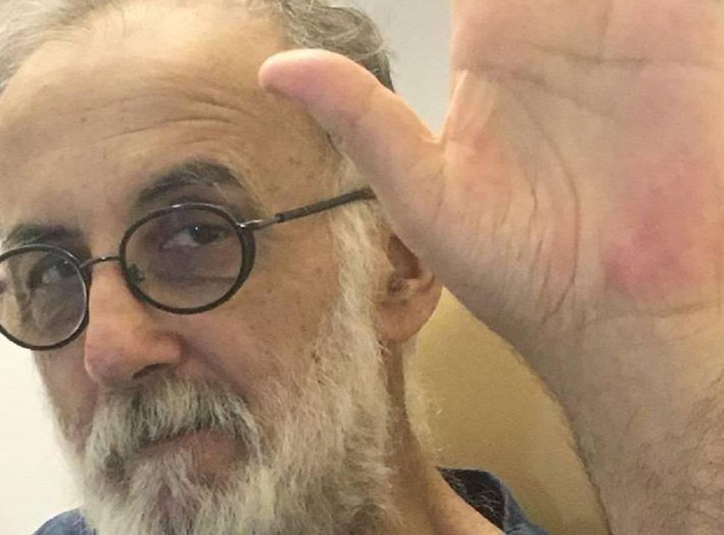 Θάνος Μικρούτσικος: Τα μηνύματα μέσα από το νοσοκομείο