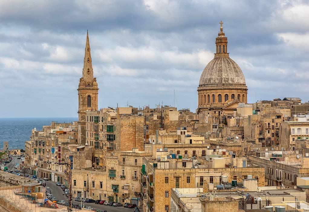 Δεν παραιτείται ο πρωθυπουργός της Μάλτας