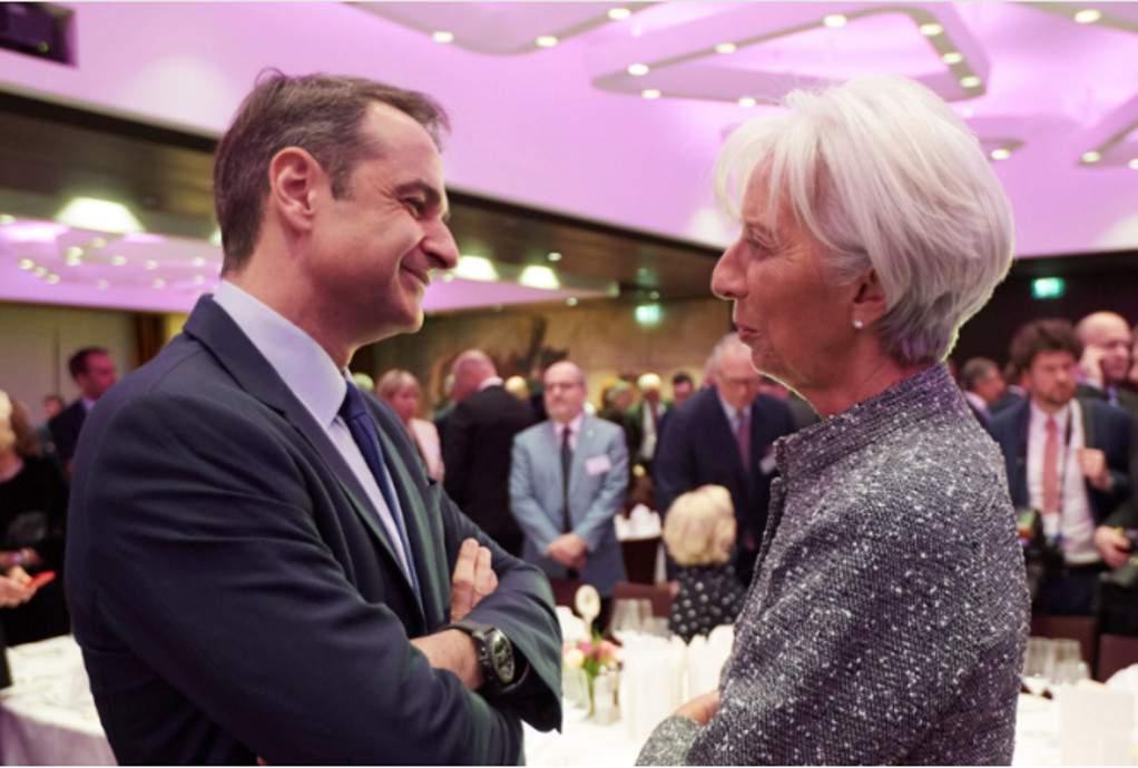 Συνάντηση Μητσοτάκη – Λαγκάρντ την Τρίτη στη Φραγκφούρτη