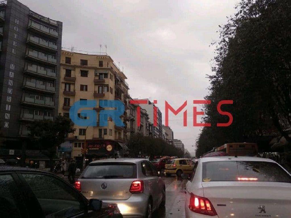 «Μπλοκαρισμένη» όλη η Θεσσαλονίκη (VIDEO-ΦΩΤΟ)