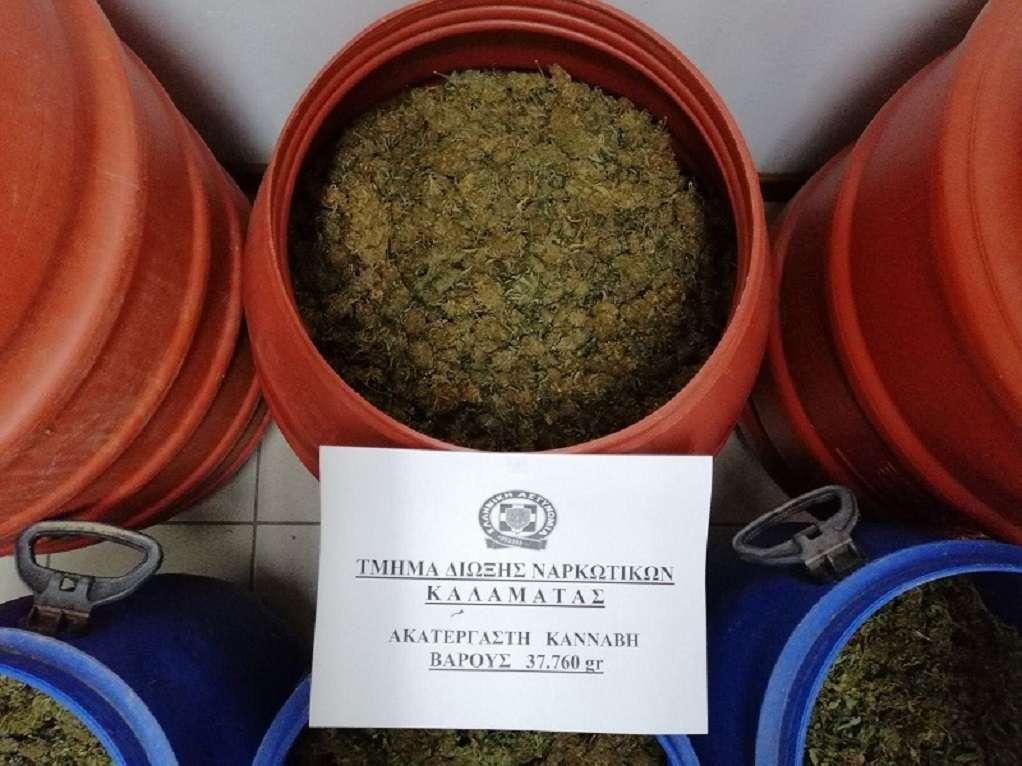 Μεσσηνία: Έκρυβε κάνναβη μέσα σε βαρέλια (ΦΩΤΟ)