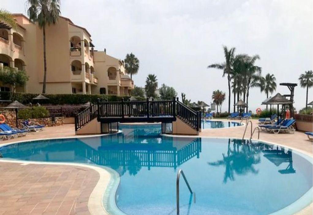 Νεκρός 15χρονος σε πισίνα