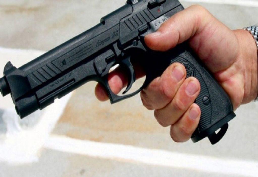 Ένοπλη ληστεία σε κατάστημα γνωστής αλυσίδας ψιλικών και καφέ