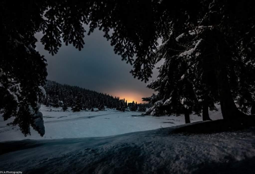 Τρίκαλα: Παραμυθένια νύχτα με πανσέληνο & χιόνι (ΦΩΤΟ)