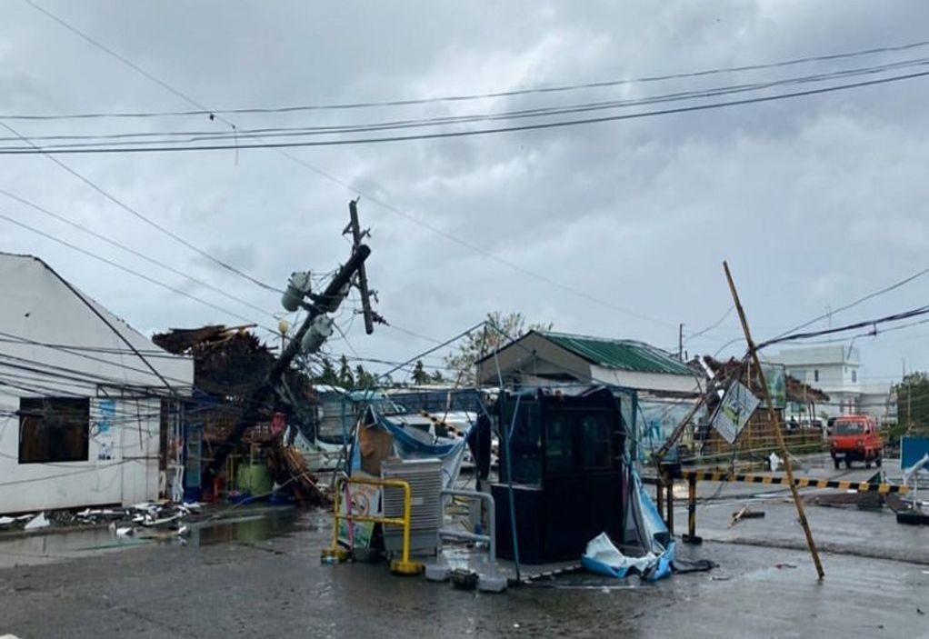 Τυφώνας προσεγγίζει τις Φιλιππίνες – Εκκενώνονται σπίτια