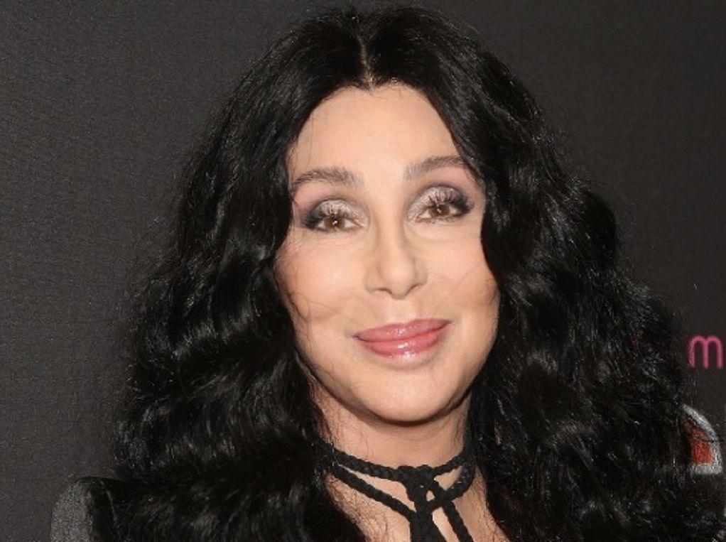 Η Cher επιστρέφει με νέο άρωμα