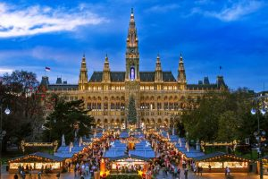 Γιορτές στο εξωτερικό έκαναν 11.000 Βορειοελλαδίτες