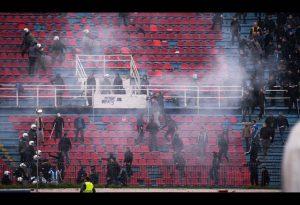 Εικόνες ντροπής με συμπλοκές στο γήπεδο του Πανιωνίου