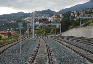 ΕΡΓΟΣΕ: Παραδόθηκαν τα 140 χλμ της γραμμής Κόρινθος-Πάτρα