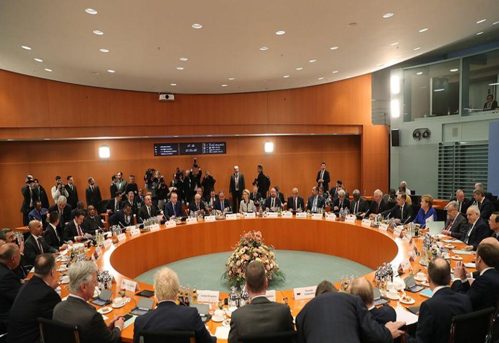 Διάσκεψη – Λιβύη: Αποφασίστηκε τερματισμός της στρατιωτικής στήριξης