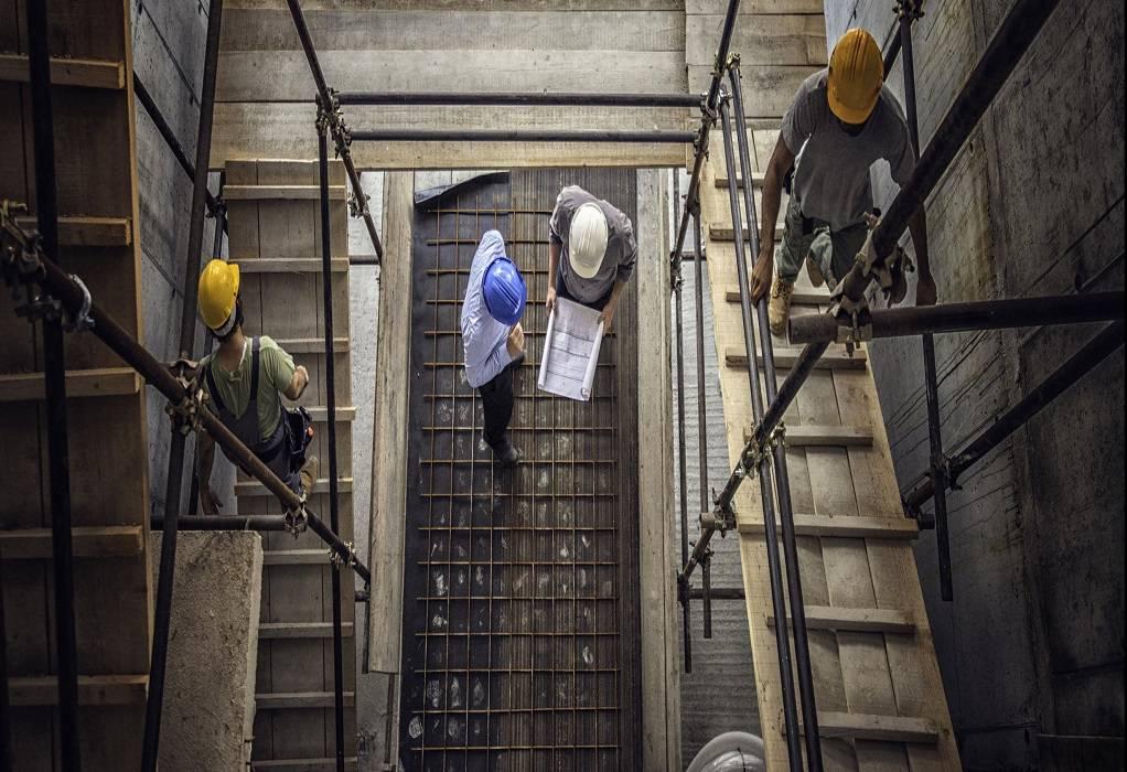 ΕΒΙΚΕΝ: Να μην επιβληθούν αυξήσεις στα βιομηχανικά τιμολόγια