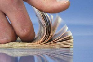 Capital Economics: Η Ελλάδα τα πάει πολύ καλύτερα από ό,τι αναμενόταν