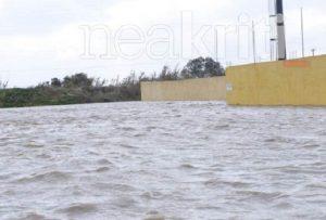 Ηράκλειο: Γήπεδο μετατράπηκε σε λιμνοθάλασσα
