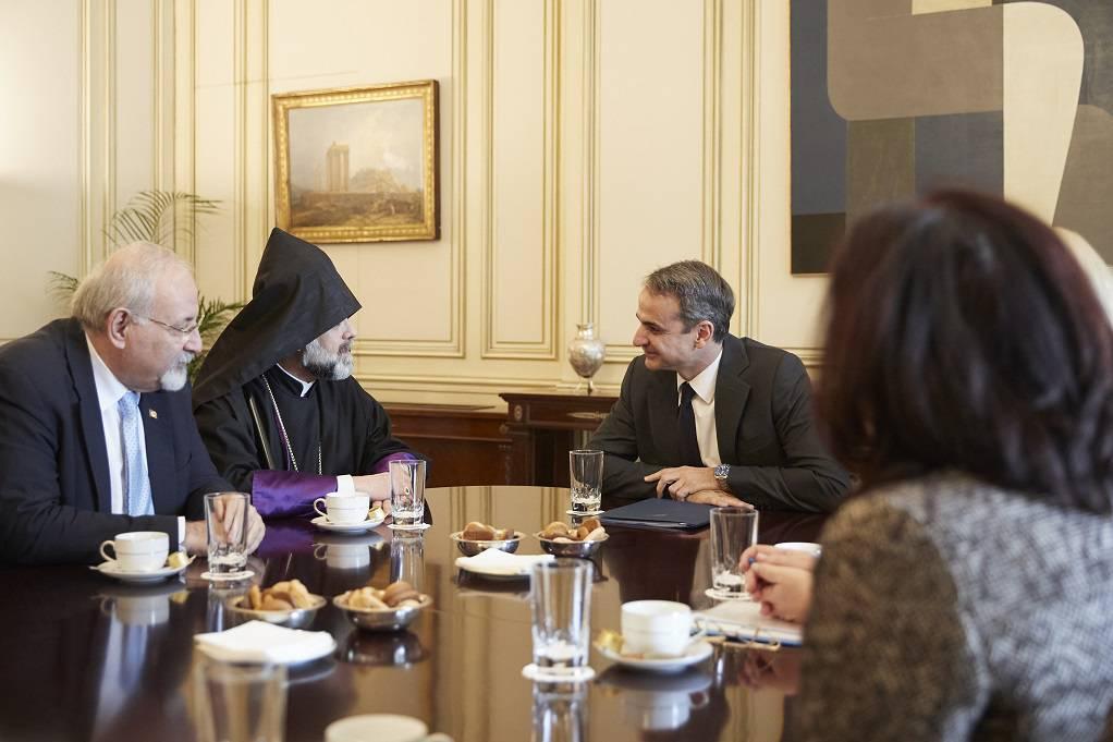 Συνάντηση Κ. Μητσοτάκη με μητροπολίτη Ορθοδόξων Αρμενίων Ελλάδος