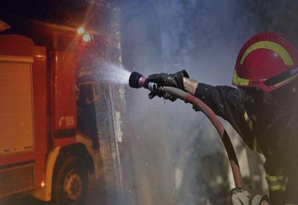 Πυρκαγιά σε κατάστημα στη Λαχαναγορά Αθηνών