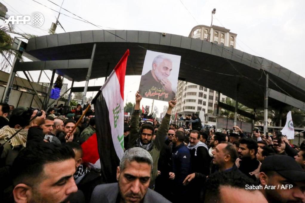 """Κηδεία Σουλεϊμανί: """"Θάνατος στην Αμερική"""" φώναζαν ιρακινοί"""