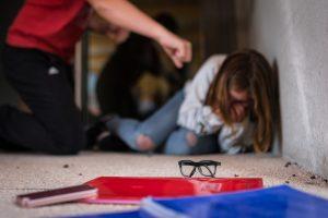 12χρονος θύμα εκφοβισμού από πατέρα συμμαθητή του
