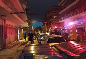 Θεσσαλονίκη: Πυρκαγιά σε καπνοδόχο πολυκατοικίας (ΦΩΤΟ)