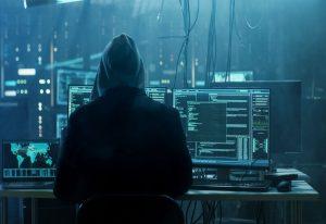 Χάκερ παραβίαζε πληροφοριακά συστήματα εταιριών