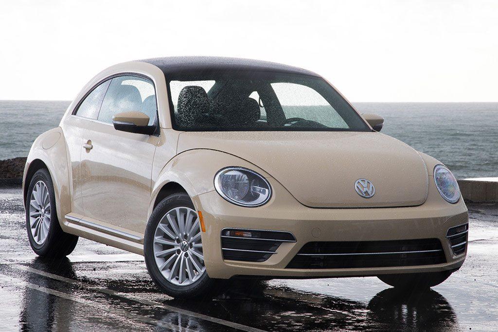 Γερμανία: Αλλαγές στη VW λόγω… ρατσιστικής διαφήμισης