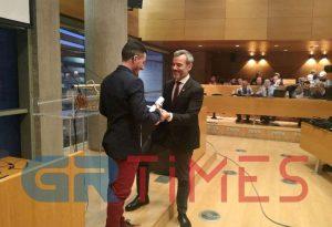 Δ. Θεσσαλονίκης: Βράβευσε τον χάλκινο πρωταθλητή κωφών