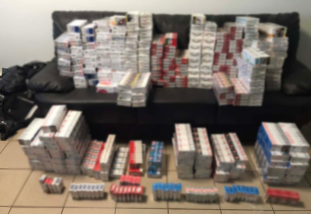 Θεσσαλονίκη: Θα «έσπρωχνε» 3.000 λαθραία πακέτα τσιγάρων