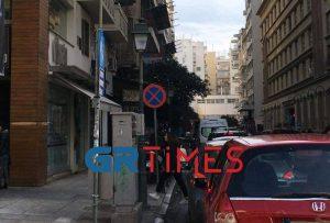 Θεσσαλονίκη: Κυκλοφοριακό χάος εξαιτίας των… σκουπιδιών