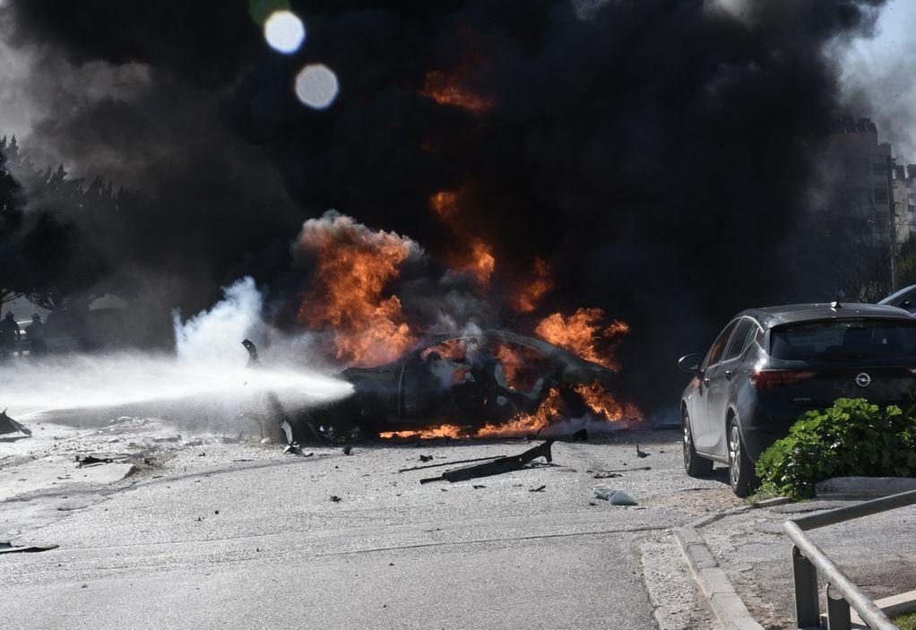 Ε.Ο. Θεσ/νίκης- Γιαννιτσών: ΙΧ τυλίχτηκε στις φλόγες