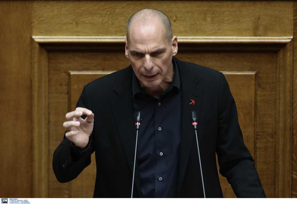 Βαρουφάκης: Κατέθεσε φάκελο με ηχογραφήσεις του Eurogroup