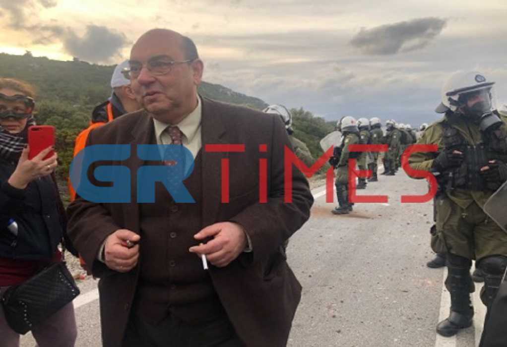 Λέσβος: Αποχωρούν τα ΜΑΤ από την Καράβα – Τι λέει ο δήμαρχος Δυτ. Λέσβου