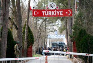 Βίντεο: Τούρκοι χτυπούν μετανάστες για να μπουν στην Ελλάδα