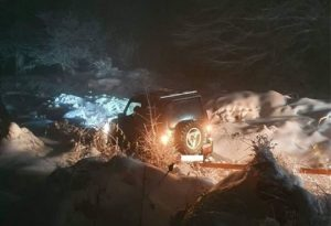 Οδηγός εγκλωβίστηκε λόγω χιονιά στον Χορτιάτη
