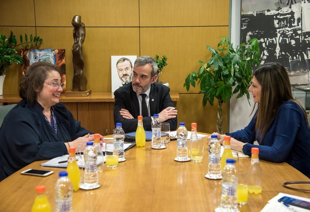 Συνάντηση Ζέρβα-Ζαχαράκη για την εκπαίδευση