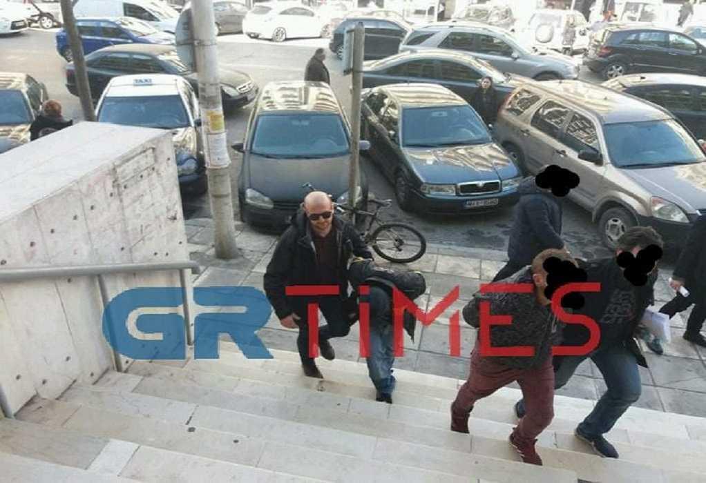 Κορωνοϊός: Αποσύρθηκε η δίκη με τους κατηγορούμενους αδελφούς