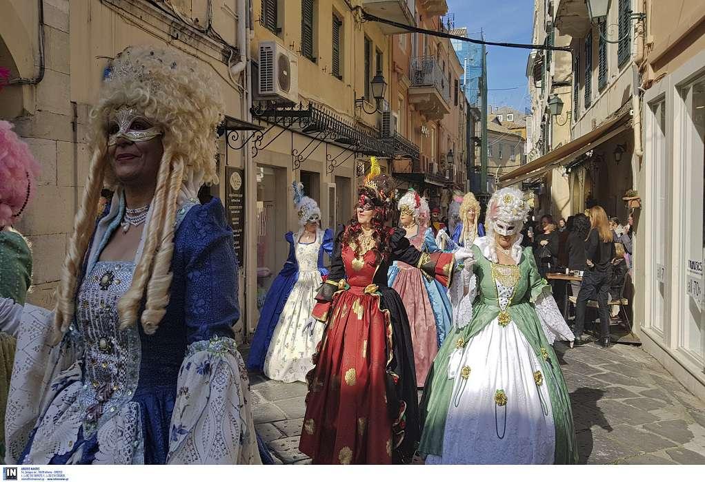Κανονικά το καρναβάλι της Κέρκυρας λέει η δήμαρχος