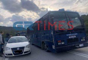 Μυτιλήνη: Αναχώρησαν οι αστυνομικές δυνάμεις από το νησί