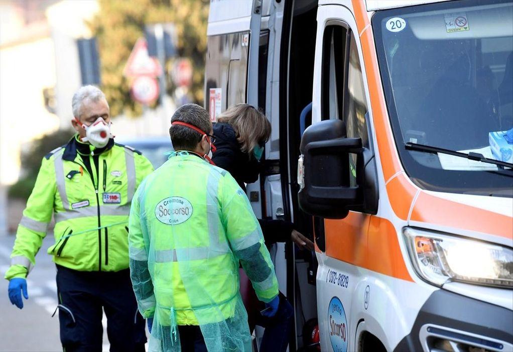 Κορωνοϊός – Γαλλία: 588 νεκροί σε 24 ώρες