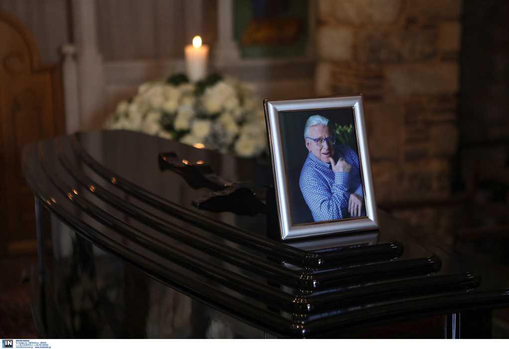 Στις 11:00 η κηδεία του Κ. Βουτσά