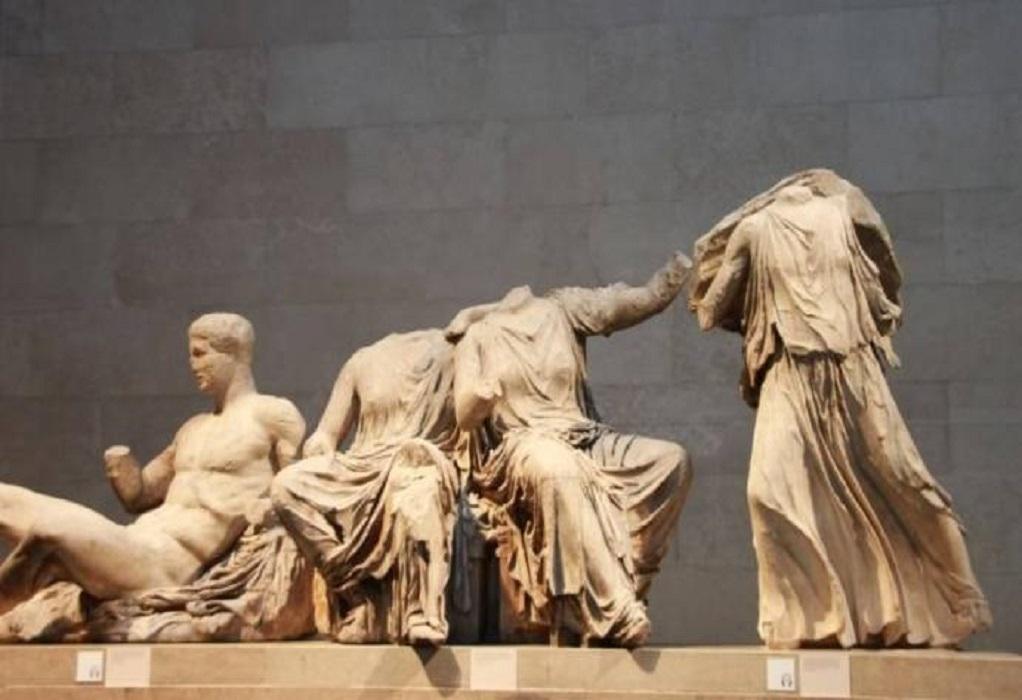 Sunday Times: Τζόνσον, «να επιστρέψεις τα γλυπτά στην Αθήνα γιατί εκεί ανήκουν»