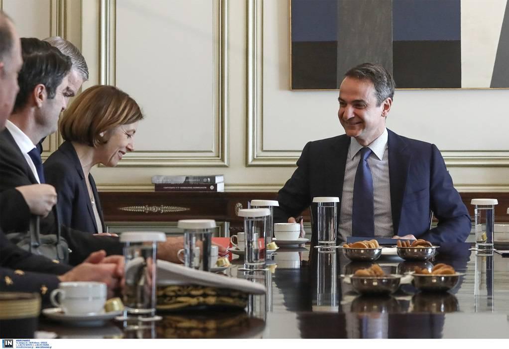 Η αμυντική συνεργασία στο επίκεντρο της συνάντησης Μητσοτάκη-Παρλί