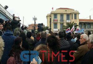 Συνεχίζεται ο αγώνας στη Μυτιλήνη (ΦΩΤΟ-VIDEO)