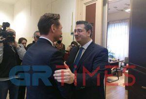 Απ. Τζιτζικώστας: Συνάντηση με άρωμα… ευρωπαϊκών εκλογών (ΦΩΤΟ-ΒΙΝΤΕΟ)
