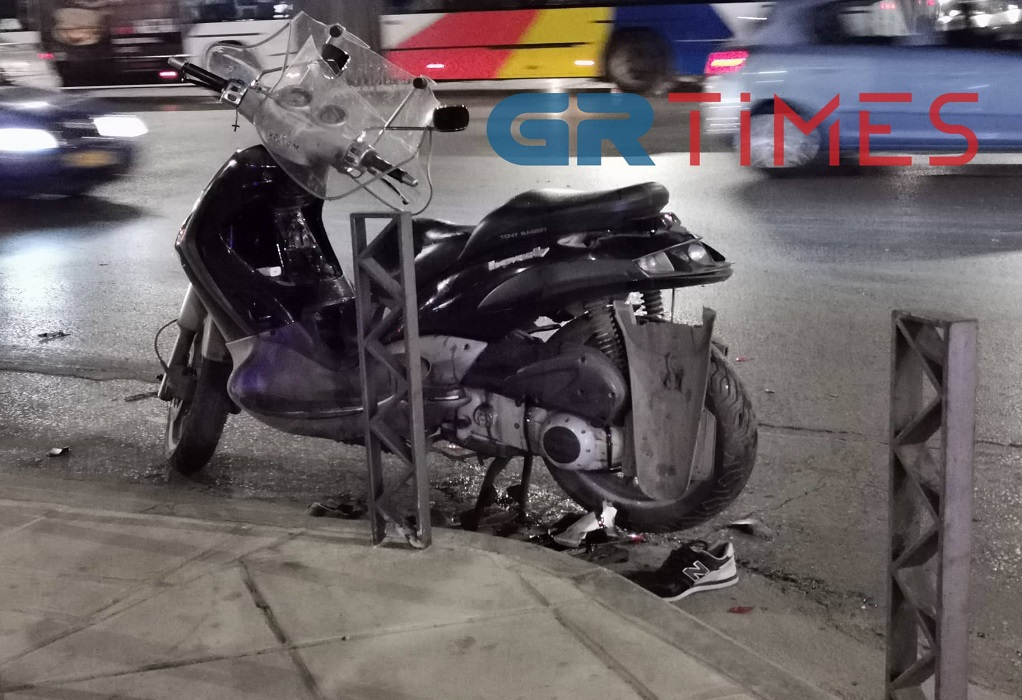 Θεσσαλονίκη: Σύγκρουση ΙΧ με δίκυκλο- Ένας τραυματίας (ΦΩΤΟ)