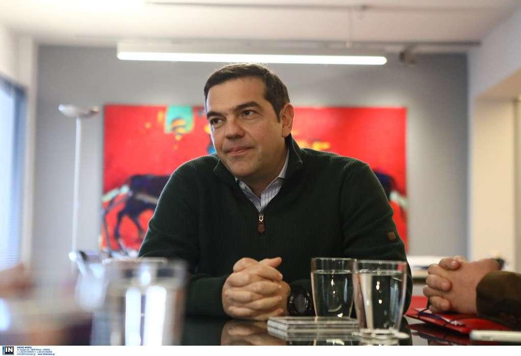 Τσίπρας: Να ενταχθούν όλοι οι ελεύθεροι επαγγελματίες στο επίδομα των 800 ευρώ