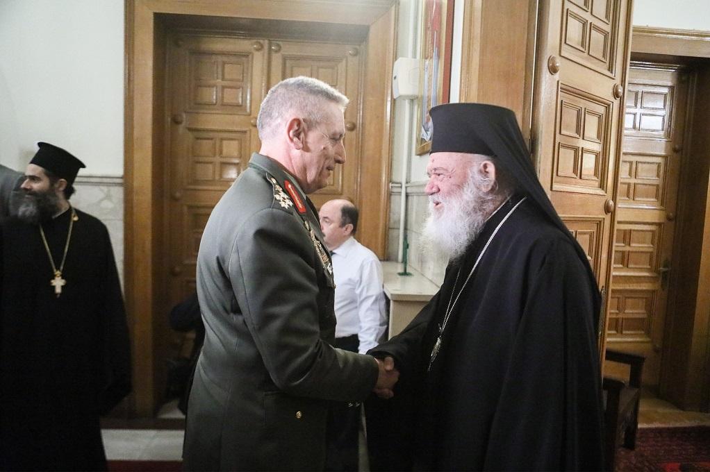 Συνάντηση του αρχιεπισκόπου με την ηγεσία του ΓΕΕΘΑ
