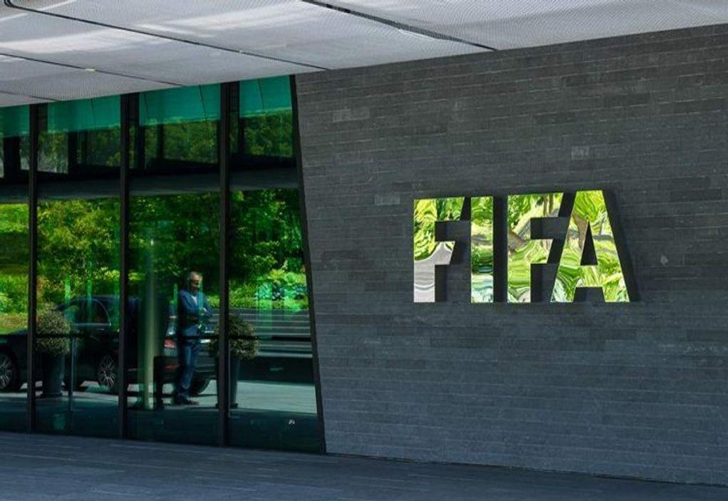 FIFA: Διαψεύδει για το πλάνο «μπασκετοποίησης» και τις πέντε ριζικές αλλαγές
