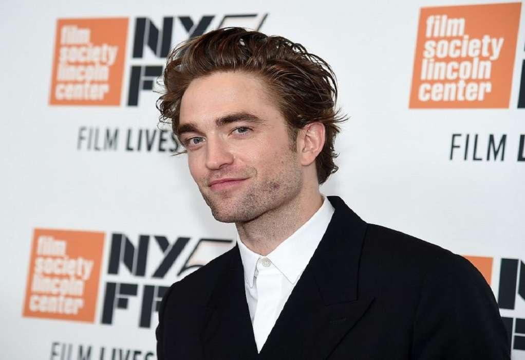 Ο Robert Pattinson λέει ότι μυρίζει όπως… οι κηρομπογιές