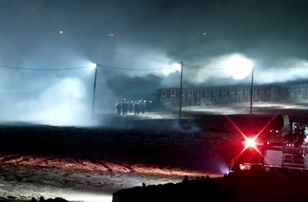 Καστανιές: Μετανάστες άναψαν φωτιά στα τουρκικά σύνορα (VIDEO)